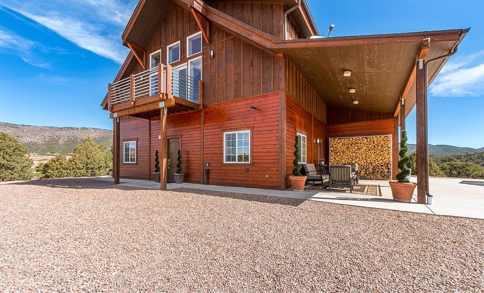 005-Modern-Apartment-Colorado-Loft-Rustic-working.jpg