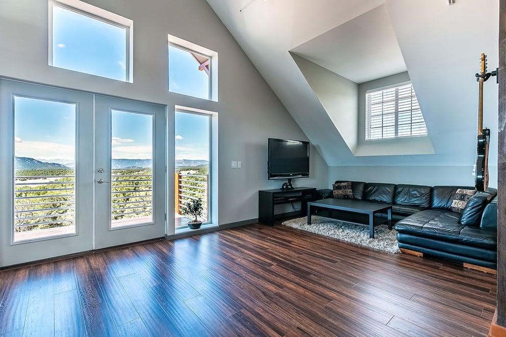 034-Modern-Apartment-Colorado-Loft-Rustic.jpg