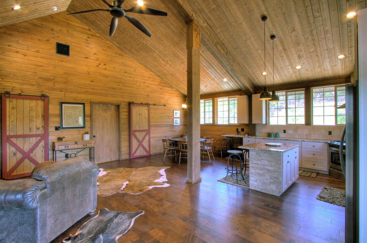 Denali-barn-apartment-texas-hill-country-009.jpg