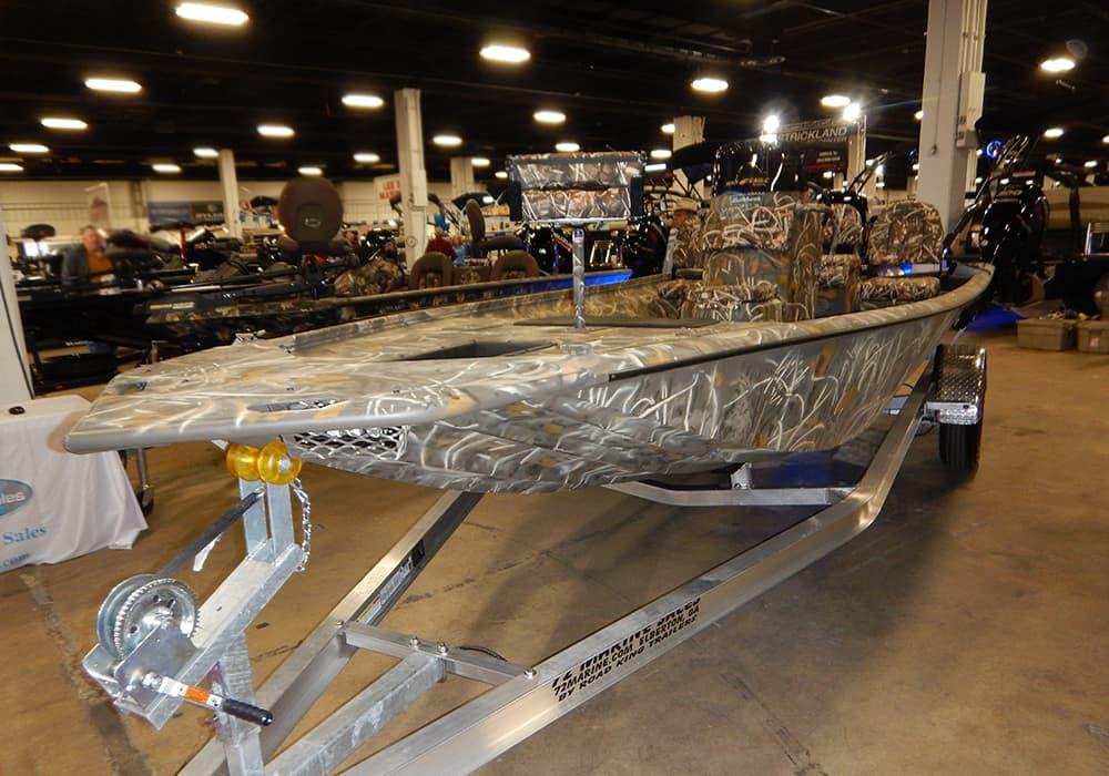 Camo aluminum boat