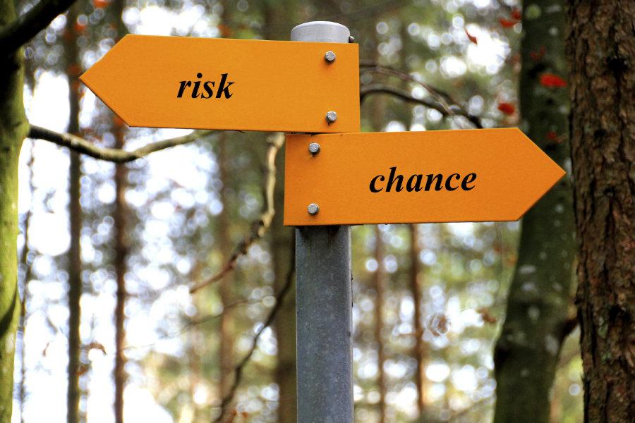 900_risk_sign.jpg