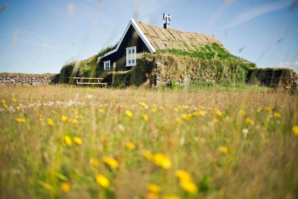 Home Built Into Earth.jpg