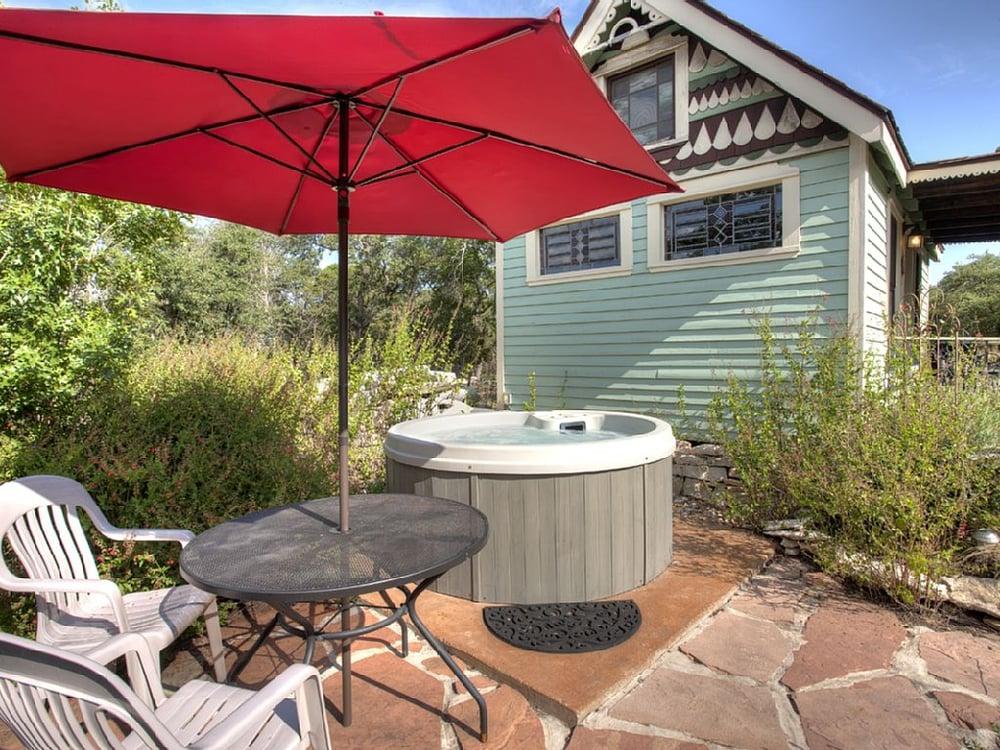 Texas Tiny House Hot Tub