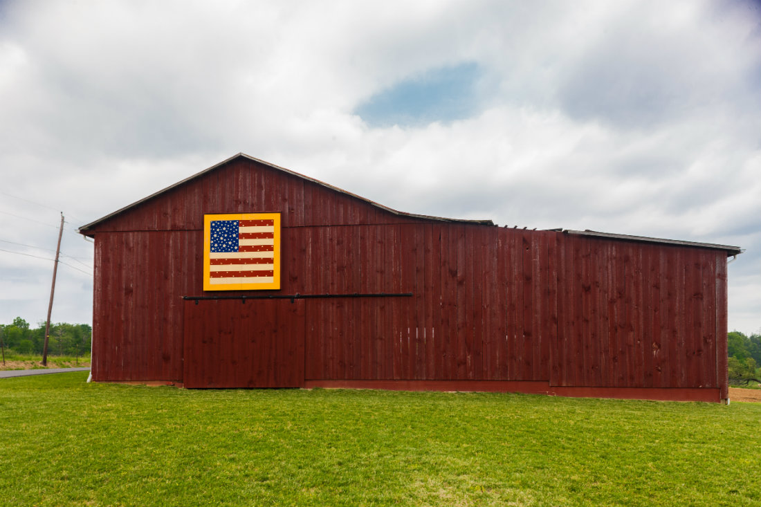 Quilt_Barn_American_Flag_1100.jpg