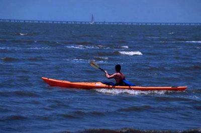 400_Fontainebleau_State_Park_kayaking.jpg