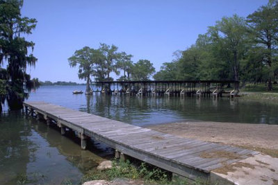 Lake_Bruin_State_Park_boat_launch.jpg