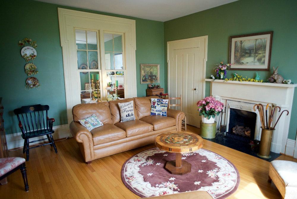 The_Farm_Living_Room_Danville_Kentucky_Rethink_Rural.jpg