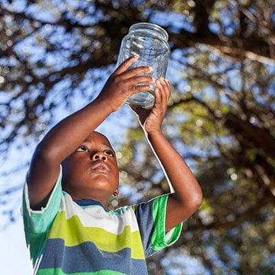 Free play idea: Catch bugs in a mason jar