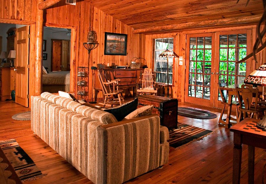 Dad's Place Cabin at Griffin Ranch in Ocala