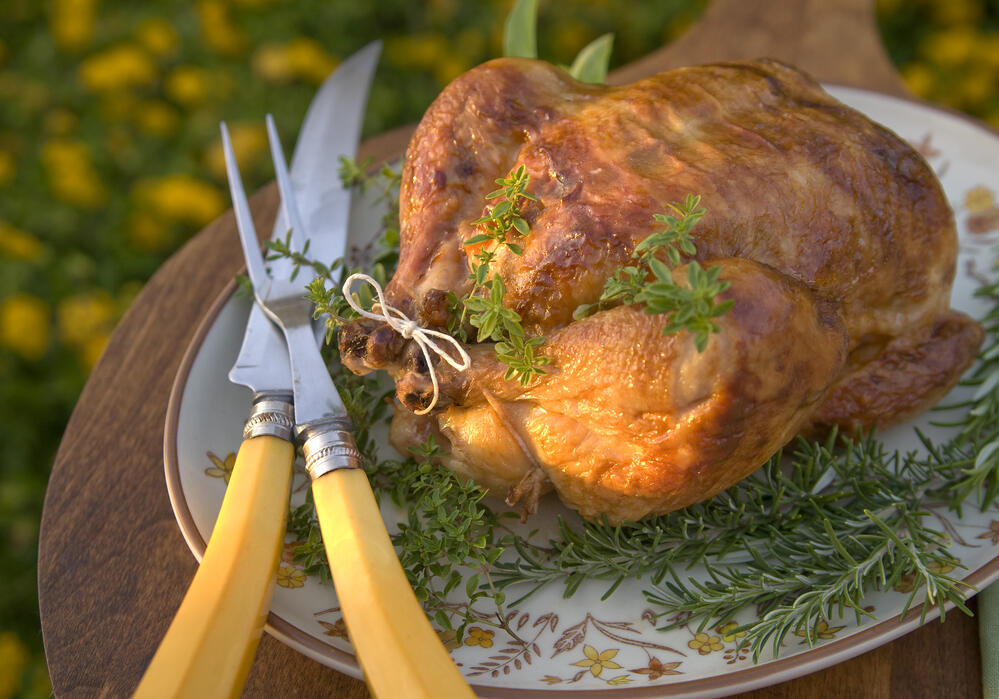 How to cook a healthier thanksgiving turkey