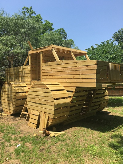 The Ultimate DIY Kids' Playhouses for Your Rural Land