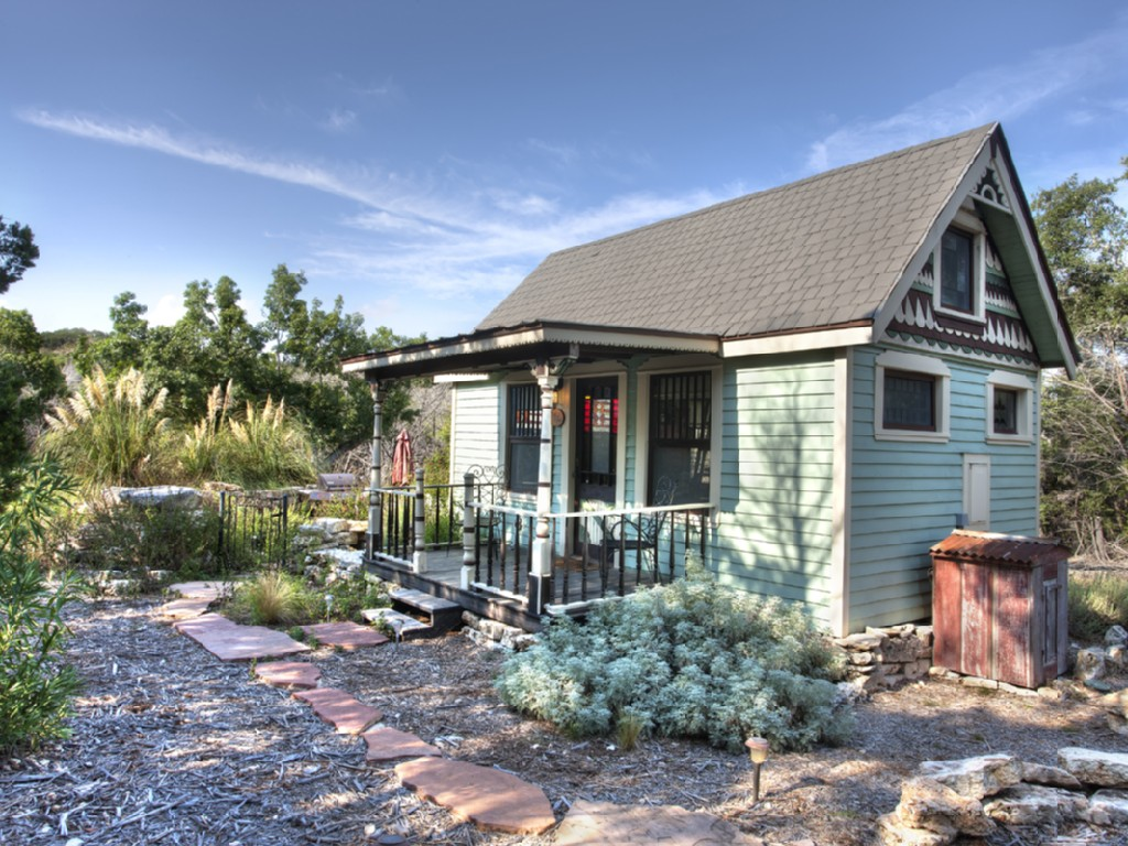 8 Charming Tiny House Rentals in the South