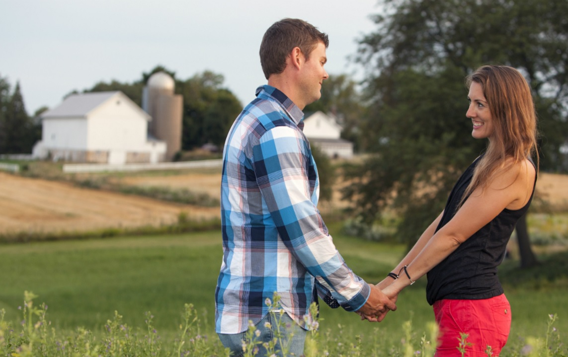 7 Ways to Convince Your Spouse to Go Rural