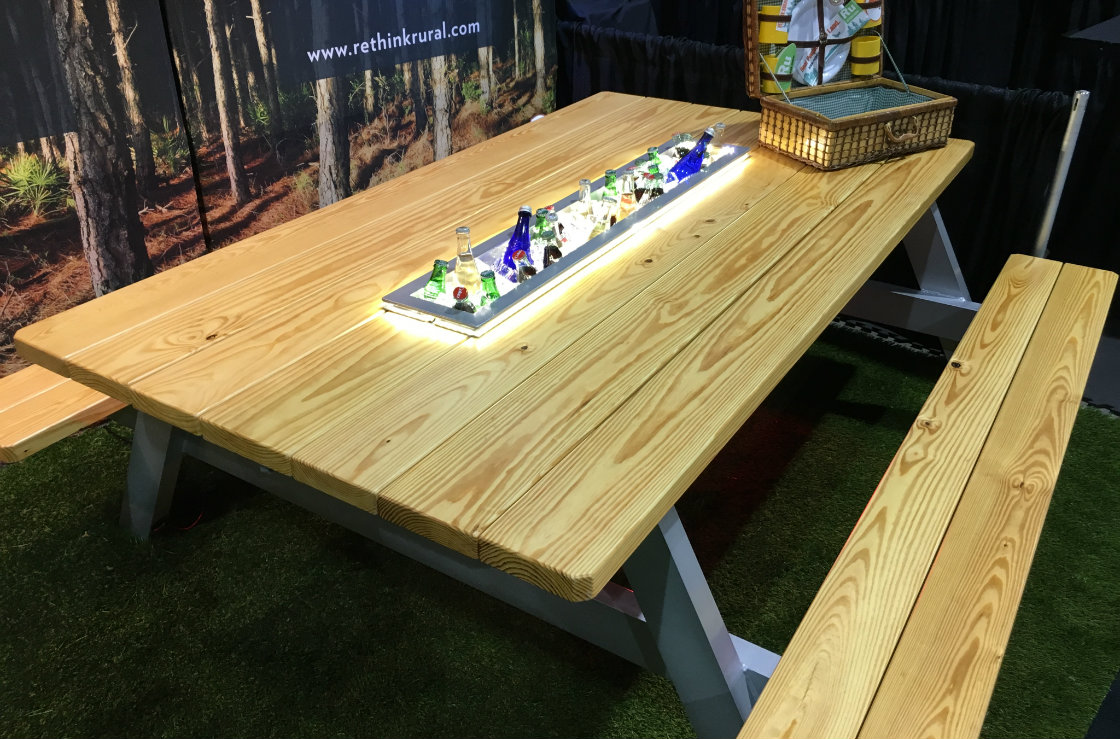 Master craftsman builds the Ultimate Picnic Table
