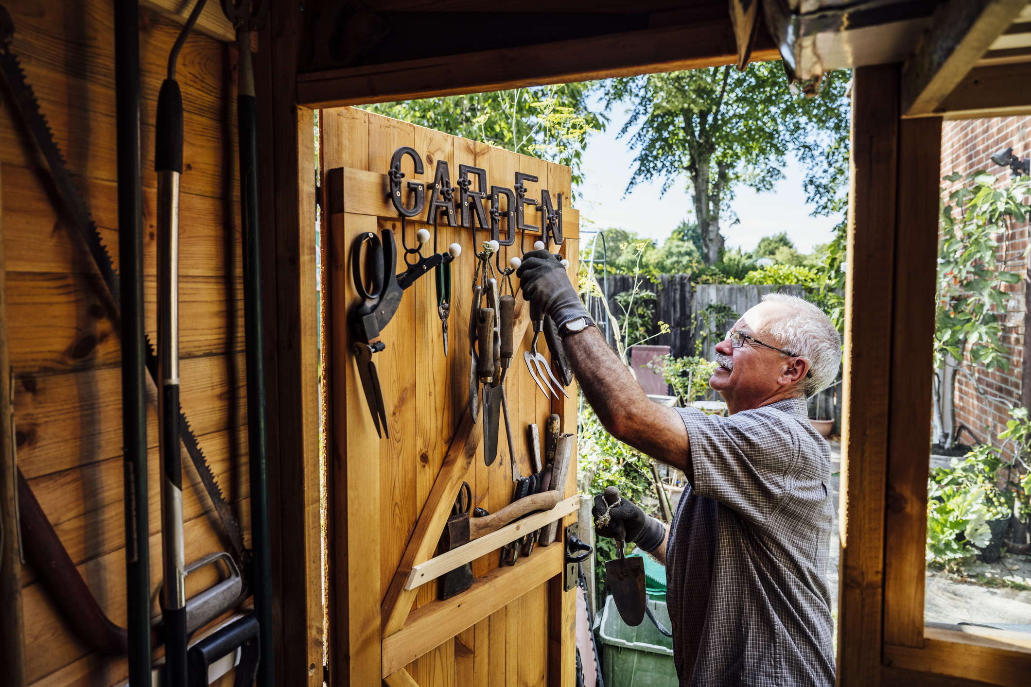 When to Repair, Replace or Recycle Your Farm/Garden Tools