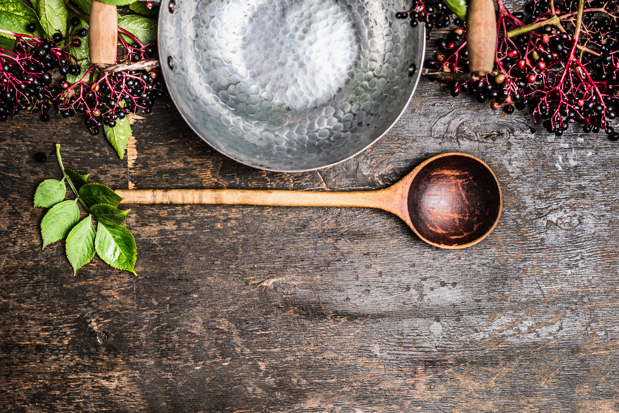 How to Make Elderberry Syrup From Dried Berries